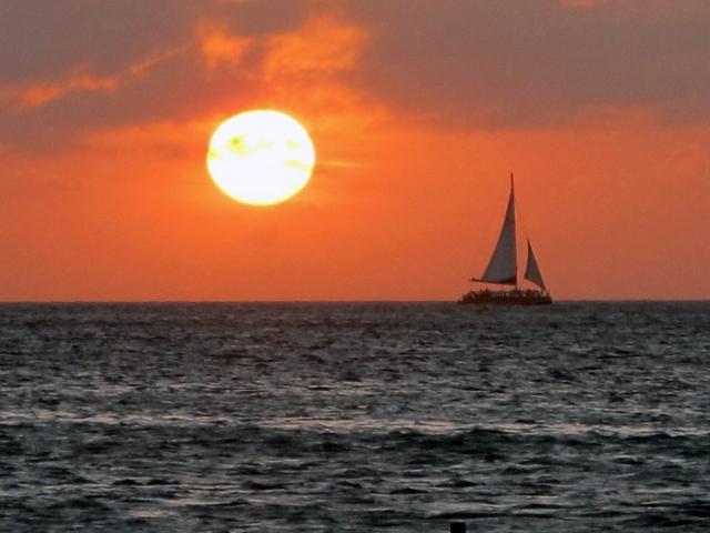 sunset on aruban beach